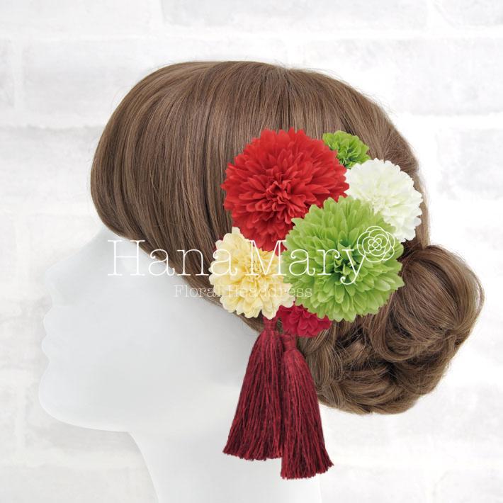 赤の振袖にぴったりな髪飾り